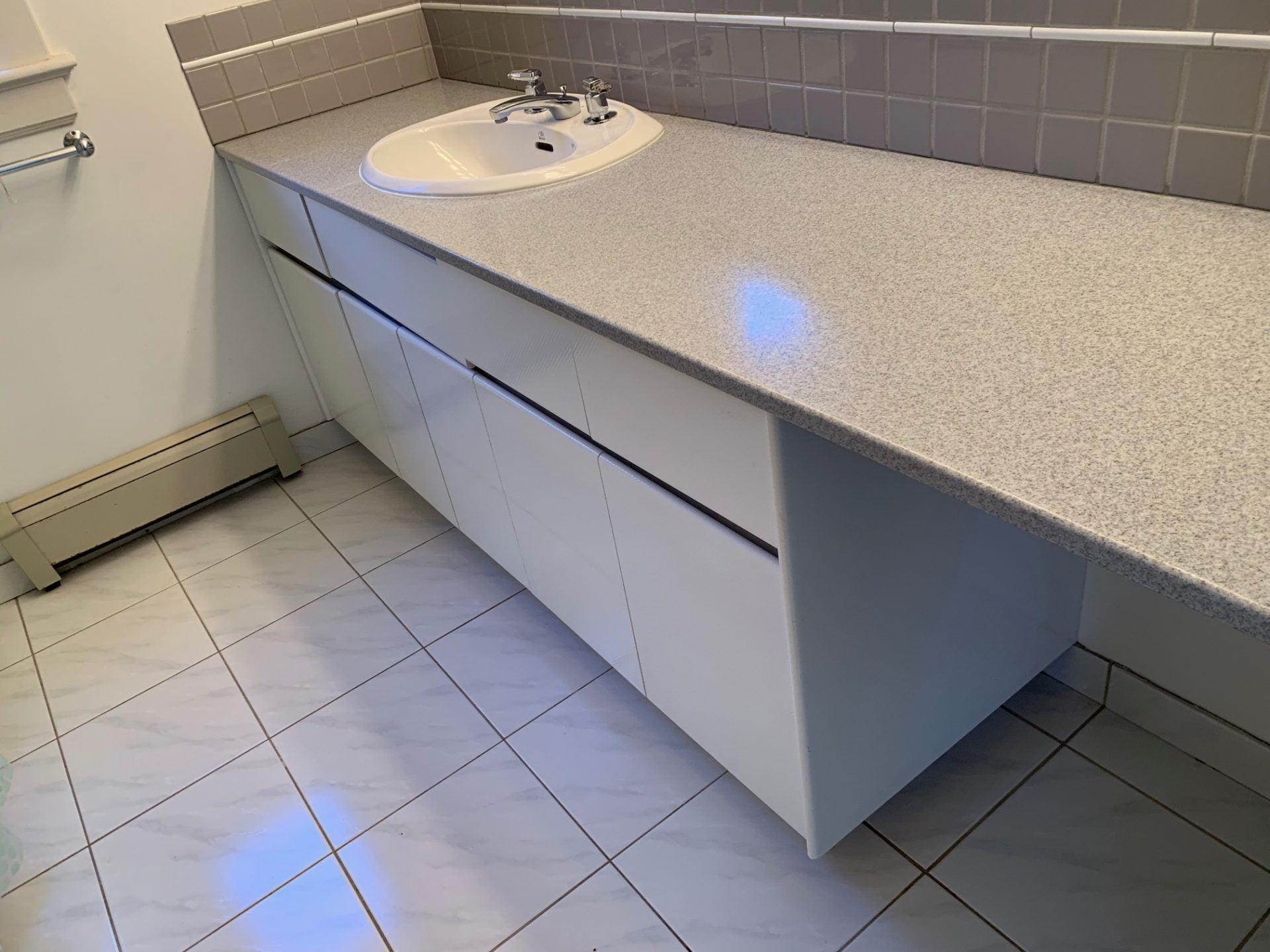 Main Bathroom 1 Before